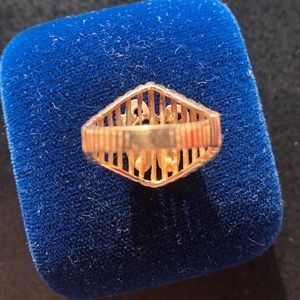Ata Co. Inc, Jewelry - 14k gold ring with diamond studded W for women